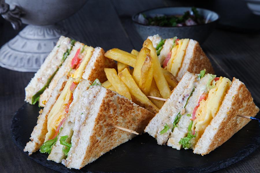 Mara Club Sandwich