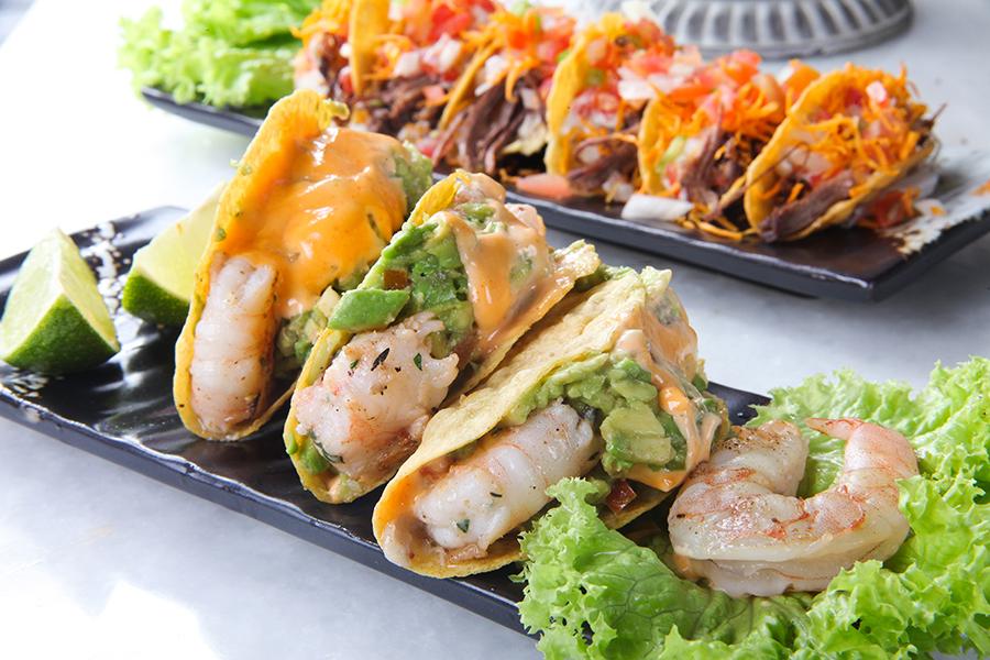 Shrimp Tacos AED38